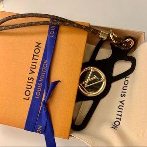 Louis Vuitton Louise Phone Holder
